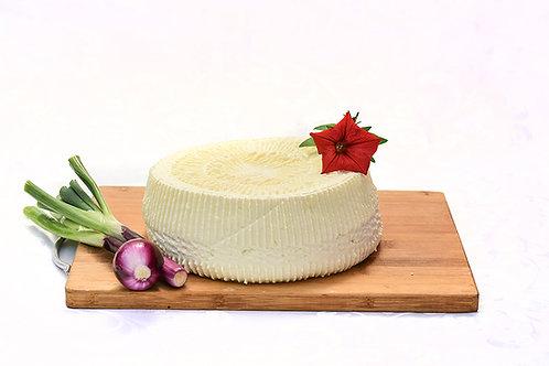 Lactate și brânzeturi din Valea Lupului