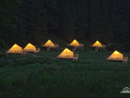 Camping Valea Iarului, o locație musai de vizitat după pandemie