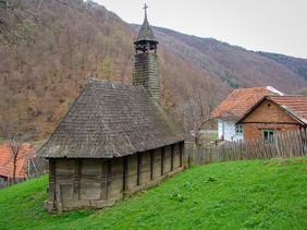 Biserica de lemn de la Valari (4).jpg