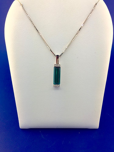 18 kt. white gold natural blue green tourmaline with diamond pendant
