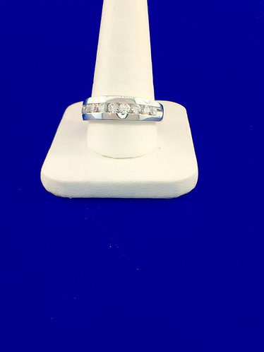 14kt. white gold men's diamond wedding band