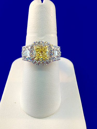 18kt. white and yellow gold fancy yellow diamond ring