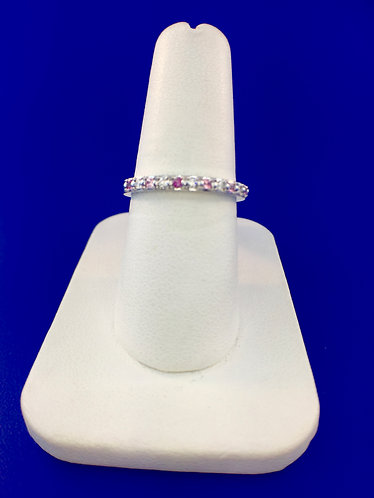 14kt. white gold and pink sapphire and diamond ring