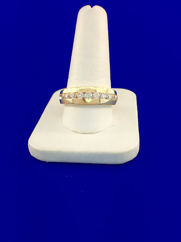 14kt. yellow gold men's diamond wedding band