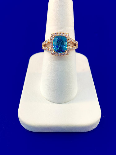 18kt. rose gold natural blue zircon with diamond