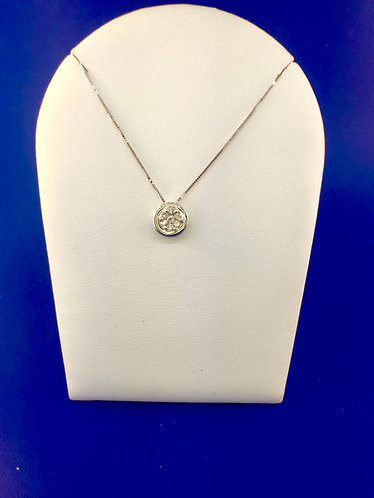 14kt. white gold diamond cluster pendant