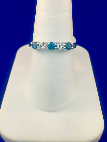14kt. white gold with blue and white diamond band