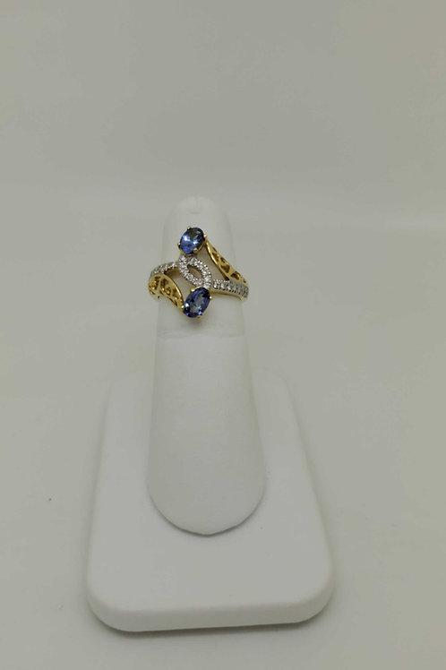 18k yellow gold custom made Tanzanite & diamond ring