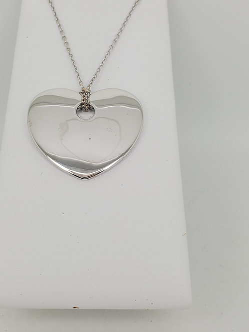 14k whit gold heart necklace