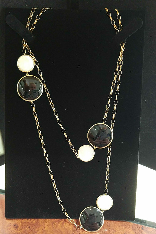 14k yellow gold black onyx& mother of pearl necklace