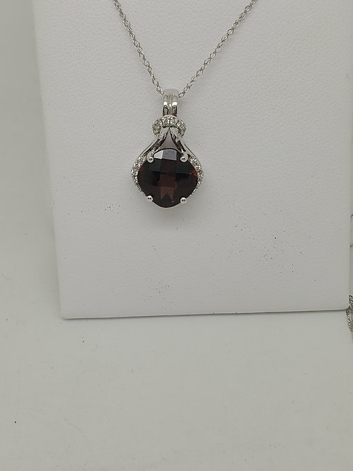 14k white gold diamond and garnet necklace