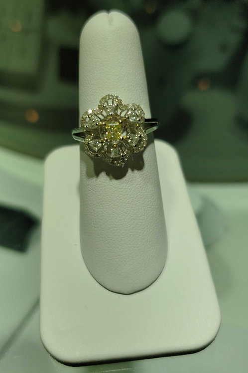 18 carat white gold yellow and white diamond ring