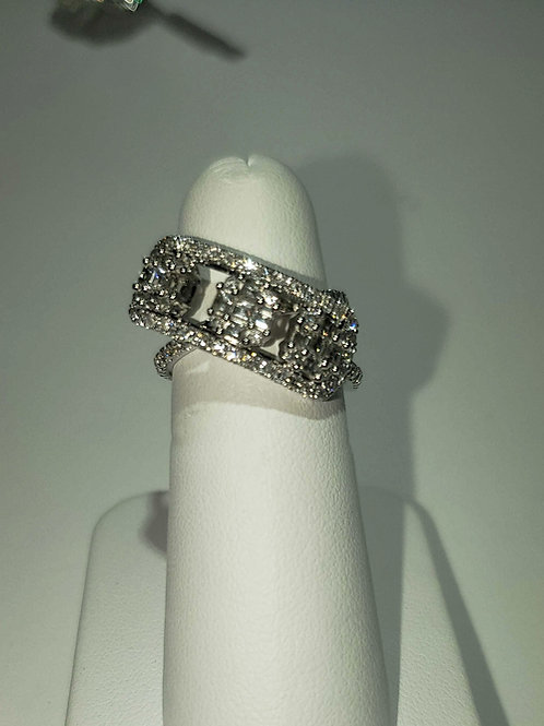 18k white gold floating diamond ring