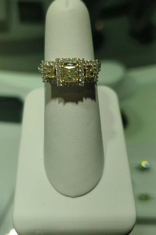 18k white gold yellow & white diamond ring