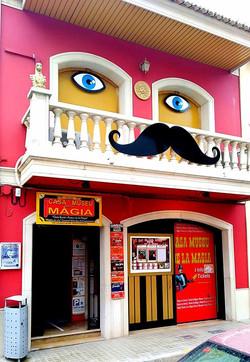 MAGIC MUSEUM