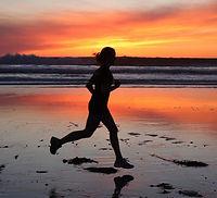 runner+beach.jpg