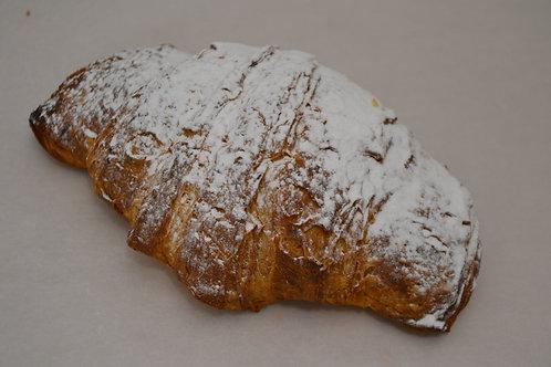 Frangipane croissant