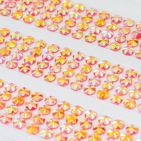 Cartela de Strass Facetados Adesivos 4mm (6719-010)