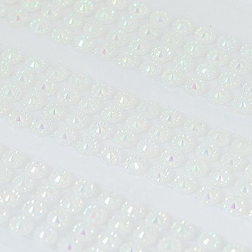 Cartela de Strass Facetados Adesivos 4mm (6719-001)