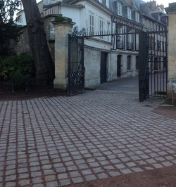 Rue Abbé-de-l'Épée aujourd'hui
