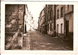 Rue de l'Amitié vers la rue de la Pomme d'Or