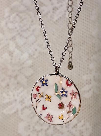 porcelain dinner necklace