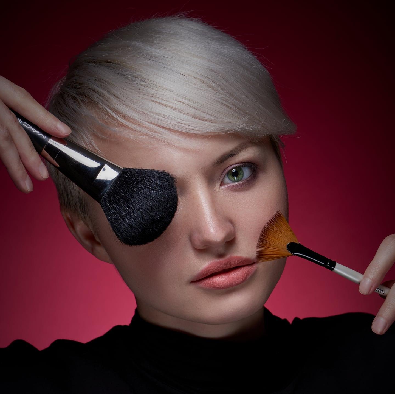 Charlotte - Make-Up Artist