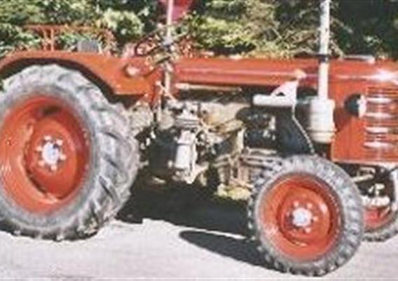 D90 1958-1966.jpg