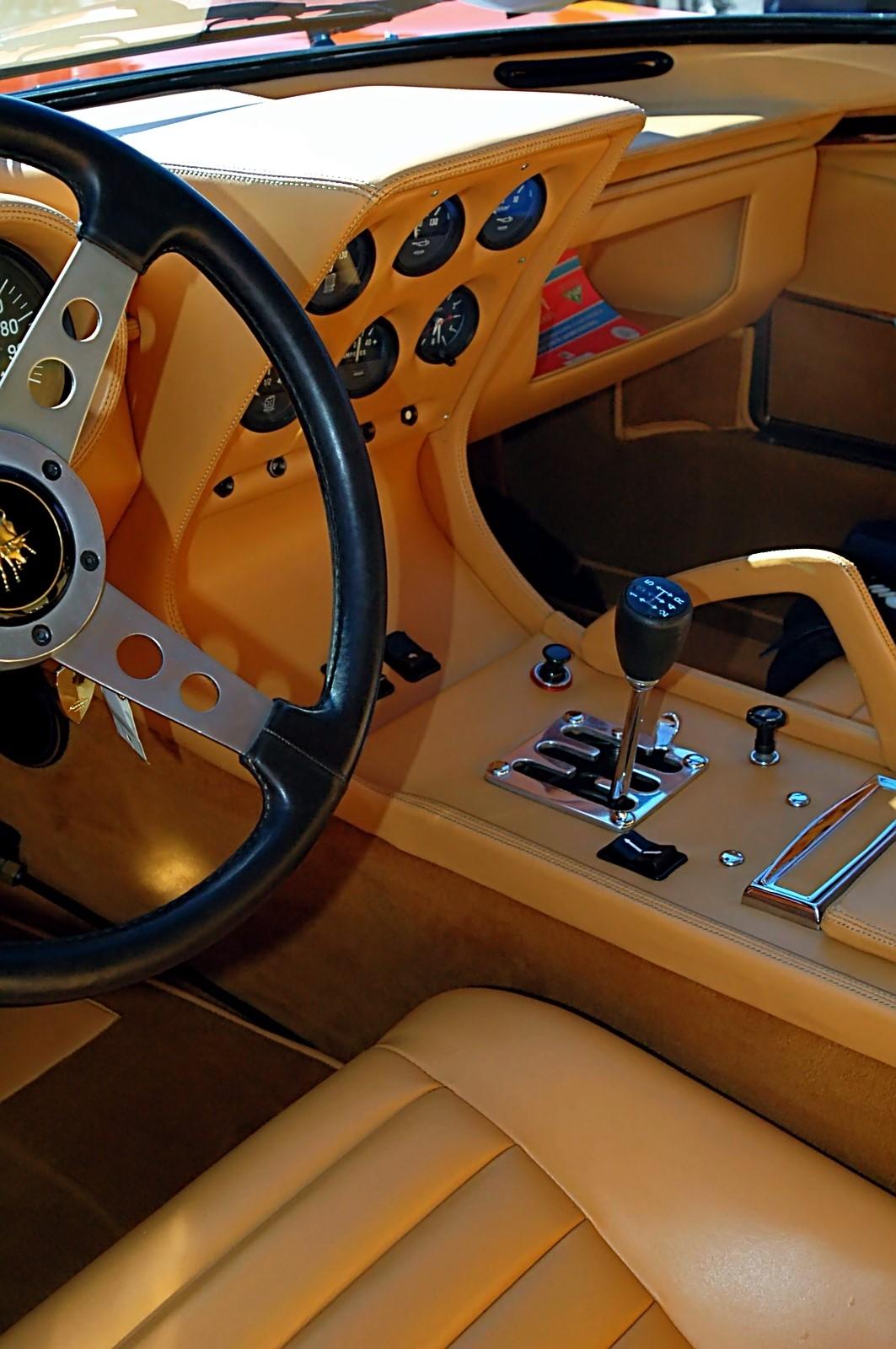 1973 Lamborghini Miura P400 SV (6).jpg