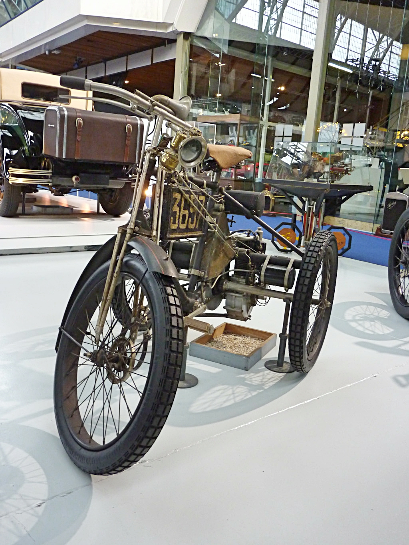 Autoworld Museum Brussels (10).jpg