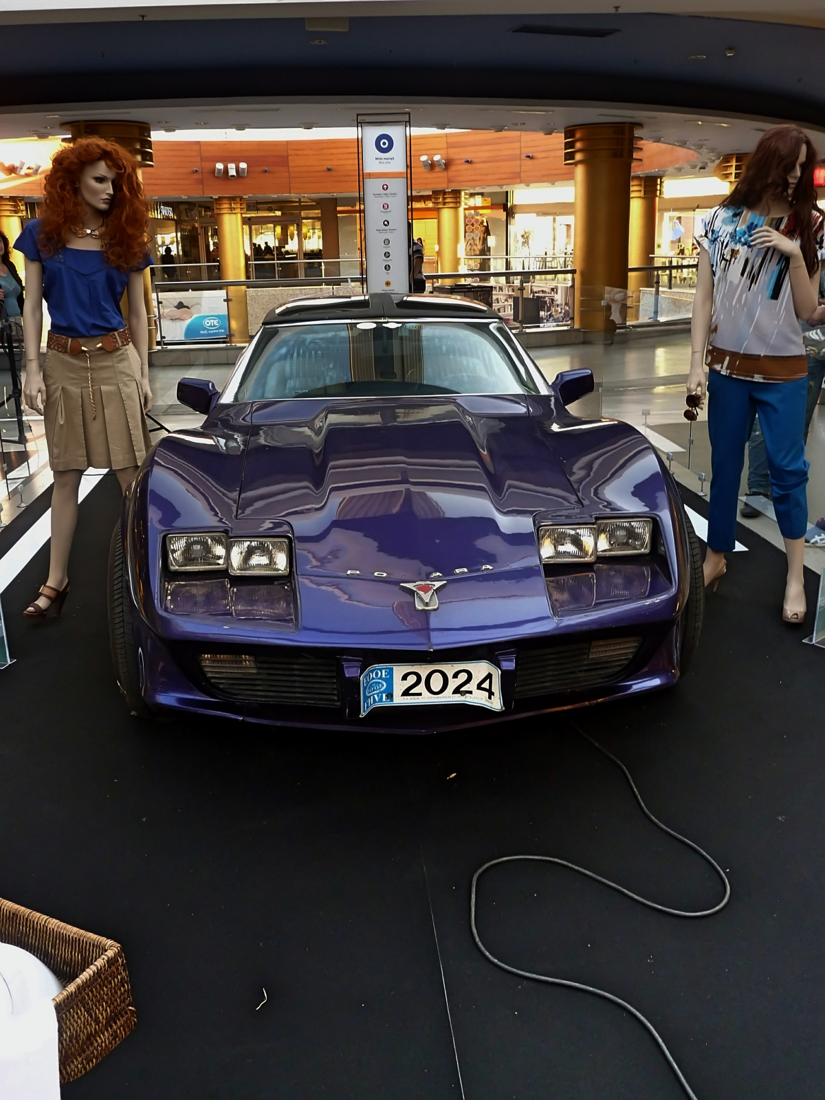 Classics in the mall (36).jpg