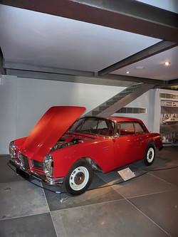 hellenic motor museum (2).JPG
