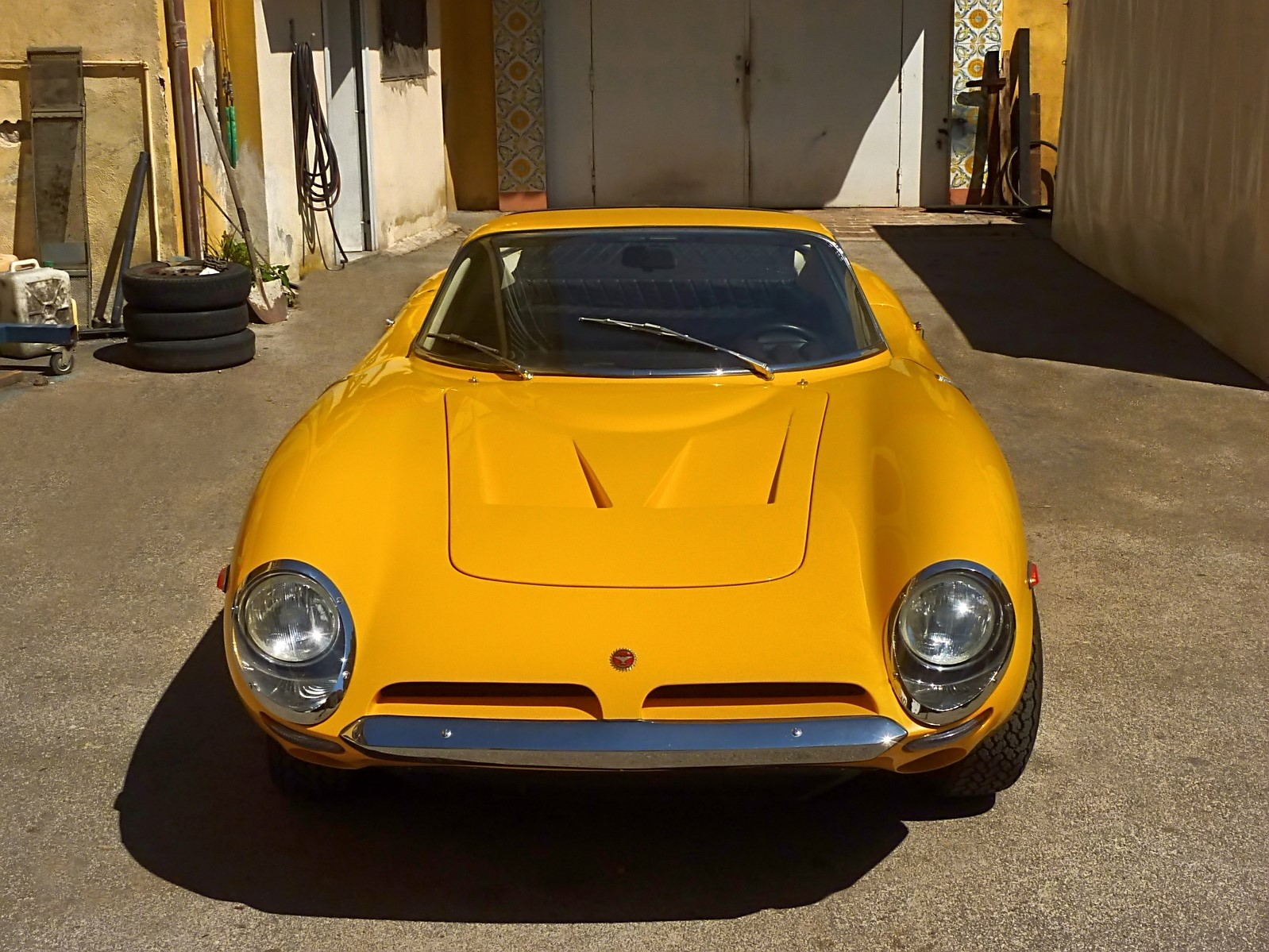 1966 Bizzarrini 5300 GT Strada (49).jpg