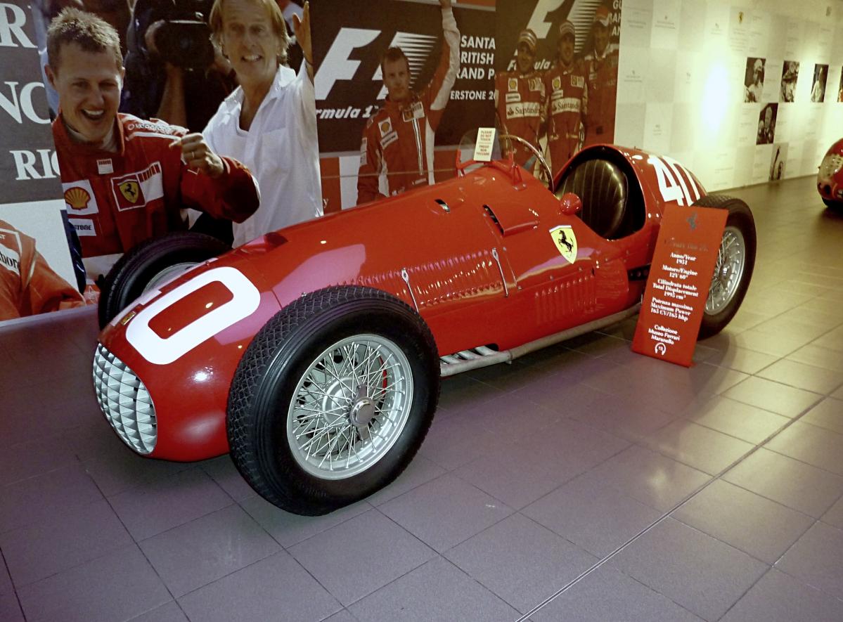 Museo Ferrari Maranello (10).jpg