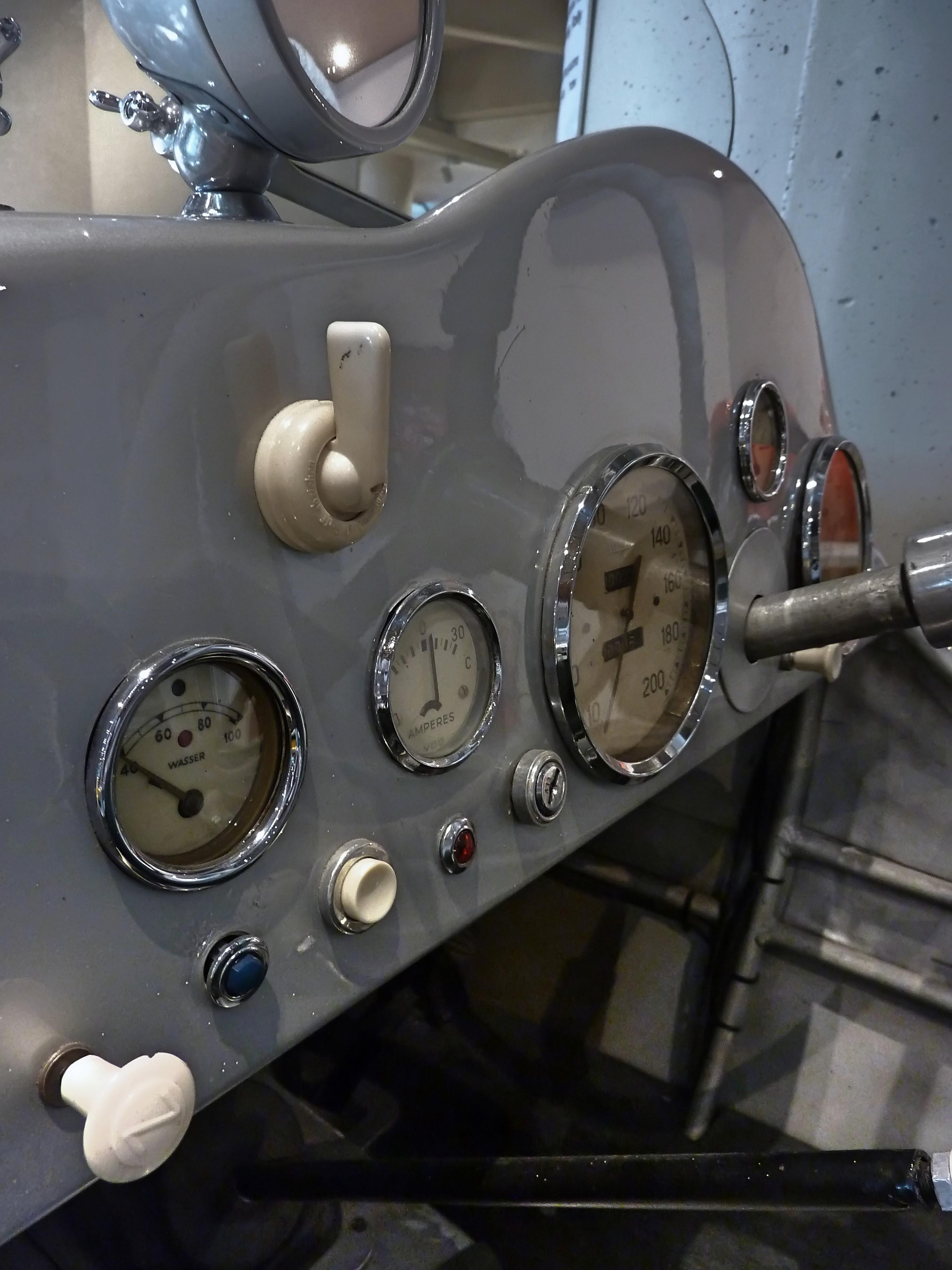 1938_Frazer_Nash_–_BMW_319-328_Willis_(8)