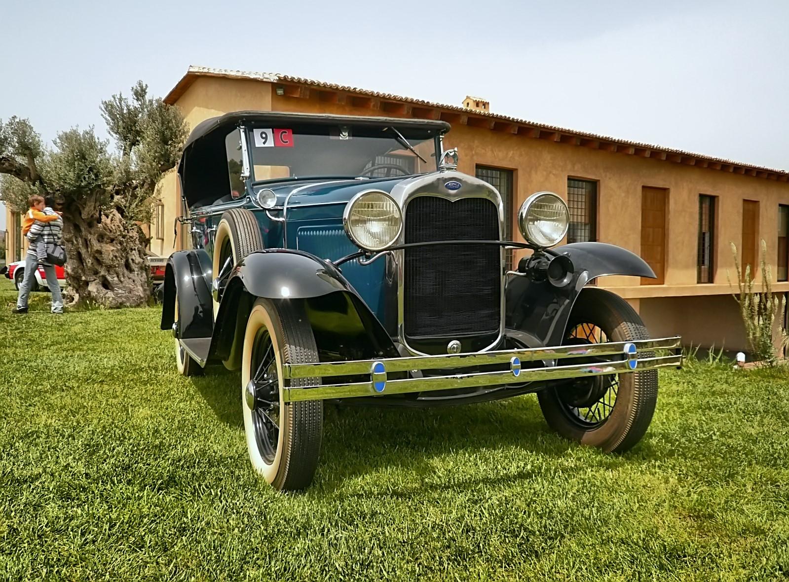 4th Classic Auto Show 2011 (13).jpg
