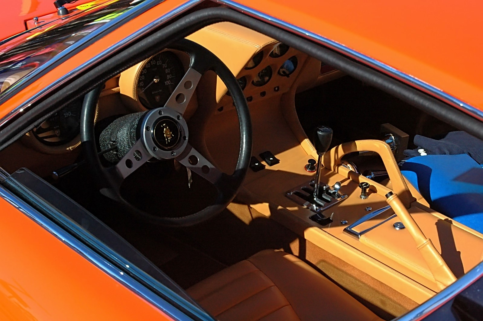 1973 Lamborghini Miura P400 SV (13).jpg