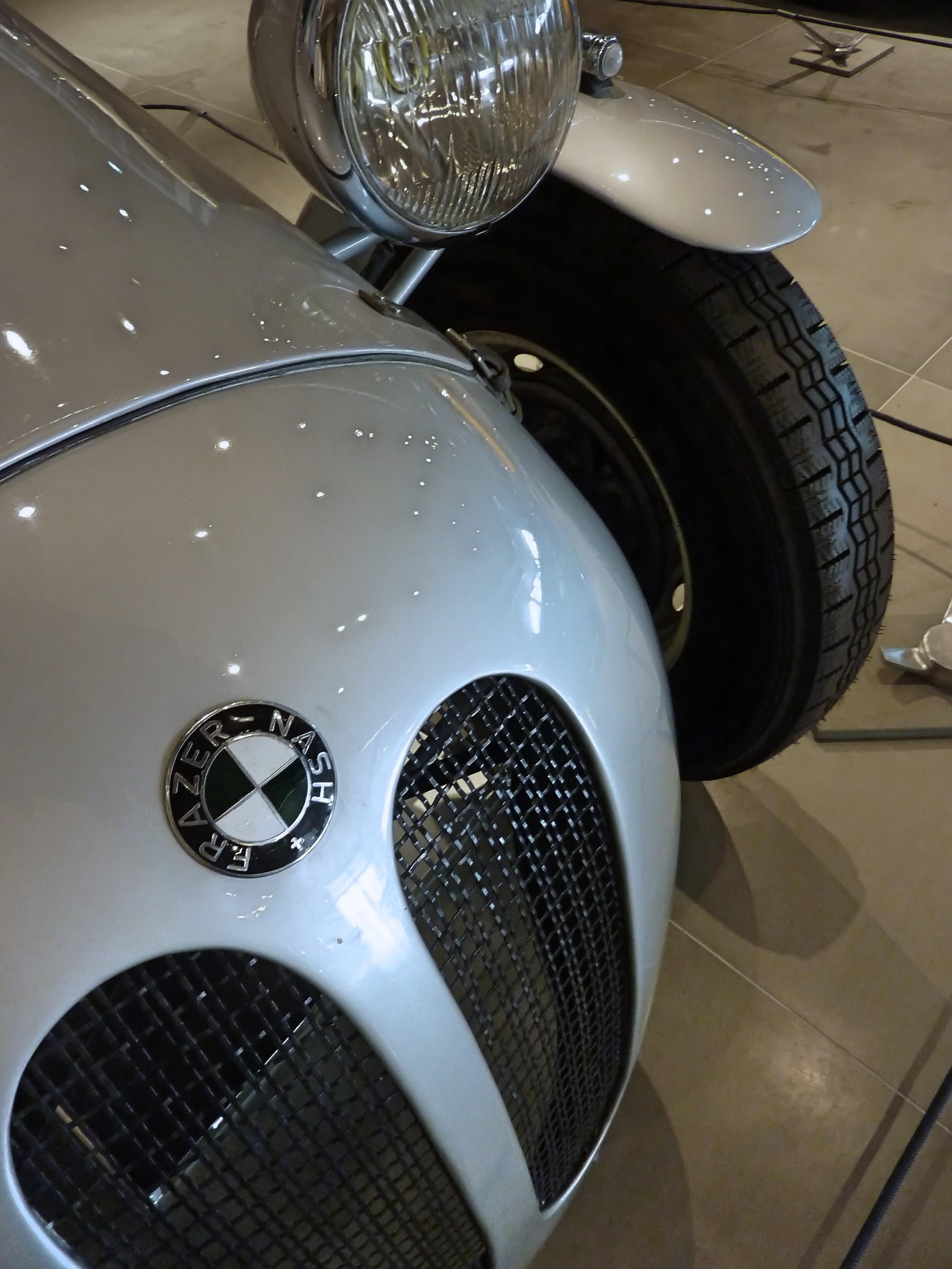 1938_Frazer_Nash_–_BMW_319-328_Willis_(15)