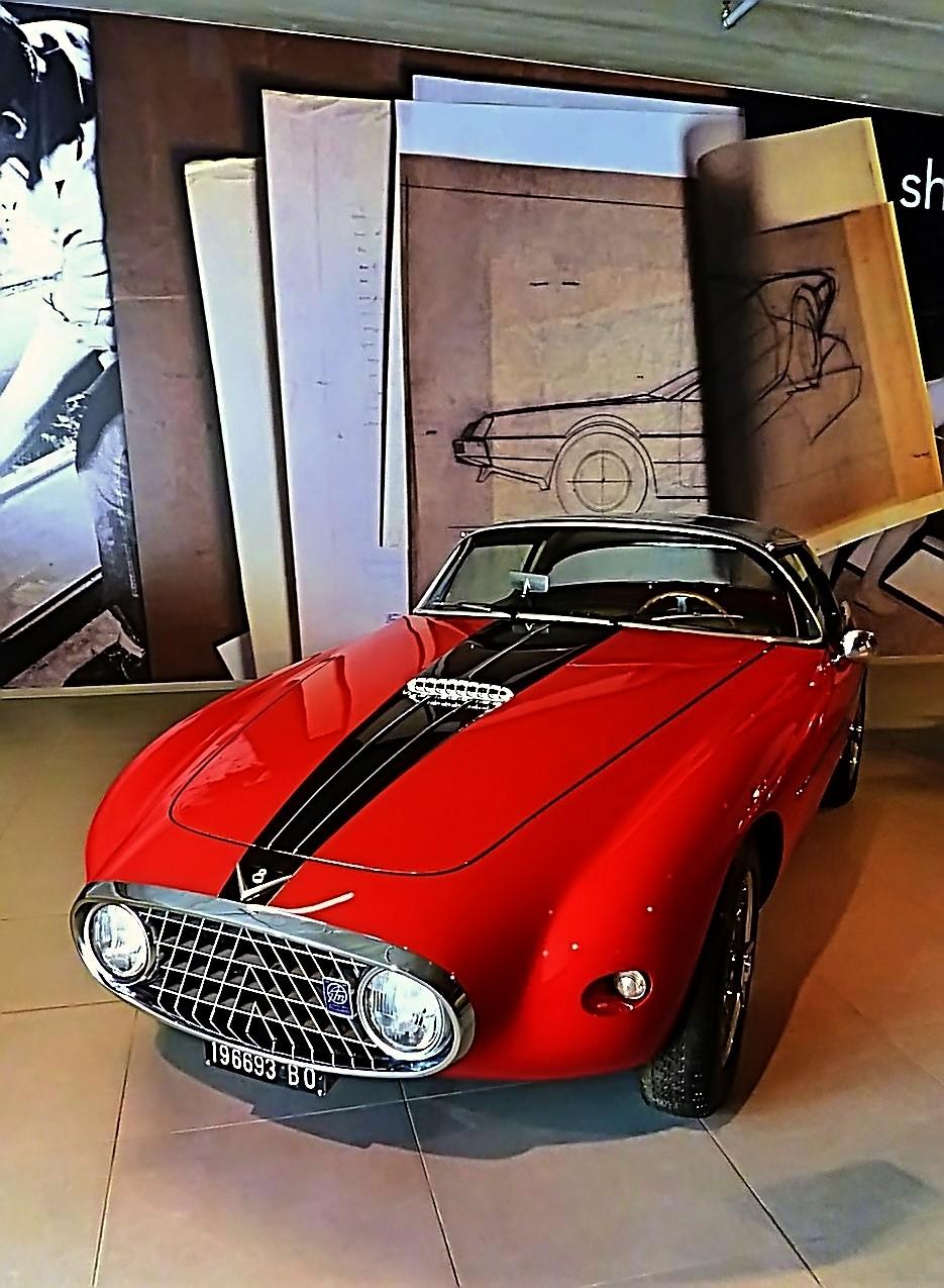 1952 Fiat 8V Vignale Demon Rouge Coupe  (3)