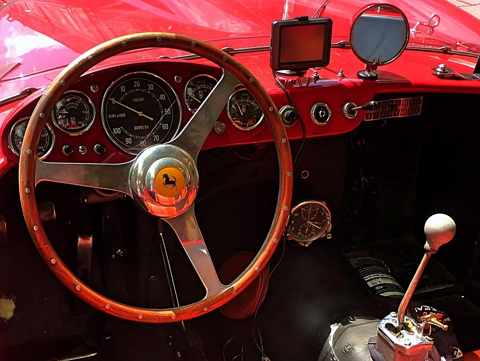 1959_Ferrari_250_TRFantuzzi_(14)