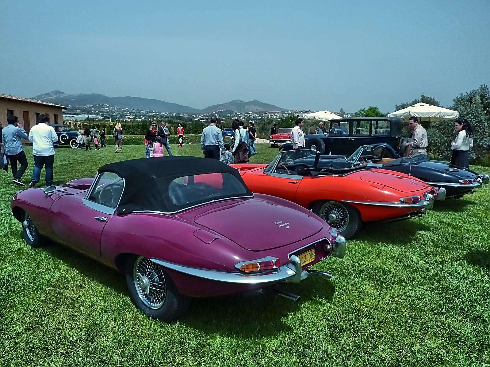 4th Classic Auto Show 2011 (94).jpg