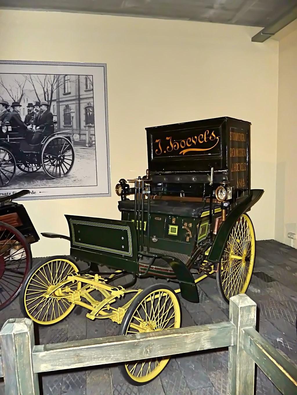 Louwman Museum (112).jpg
