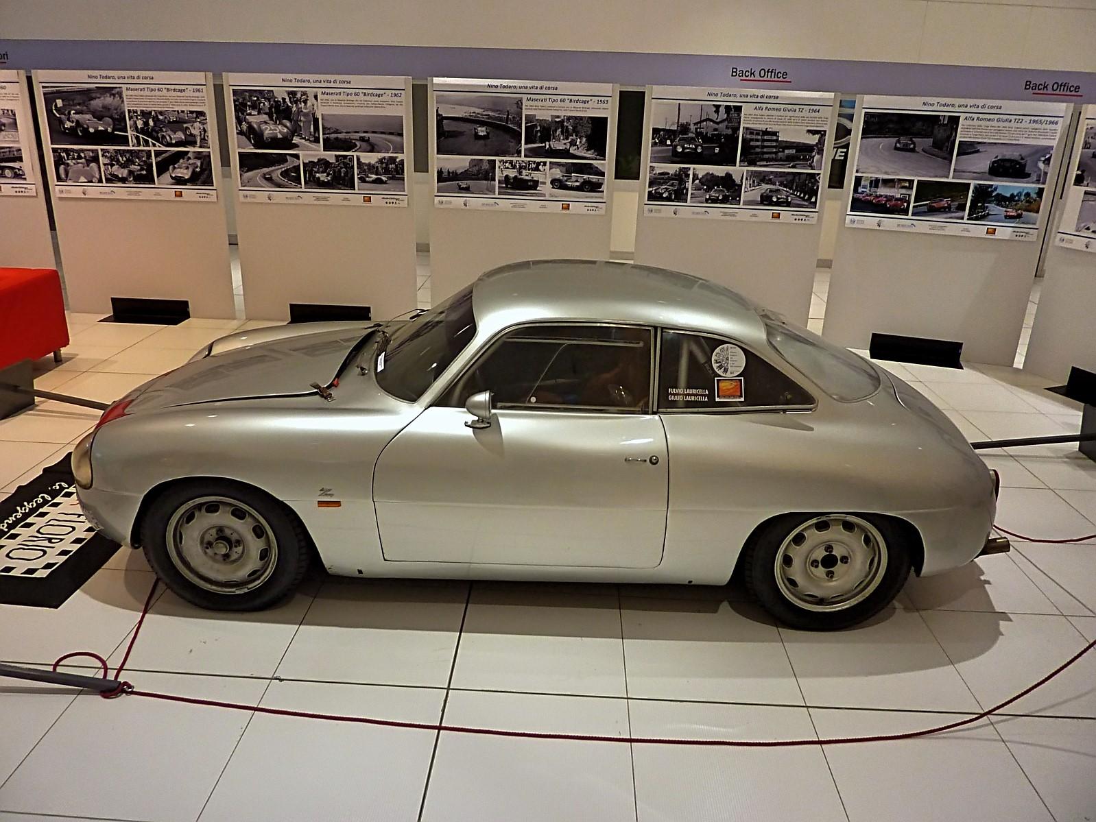 Alfa Romeo Giulietta SZ (16)