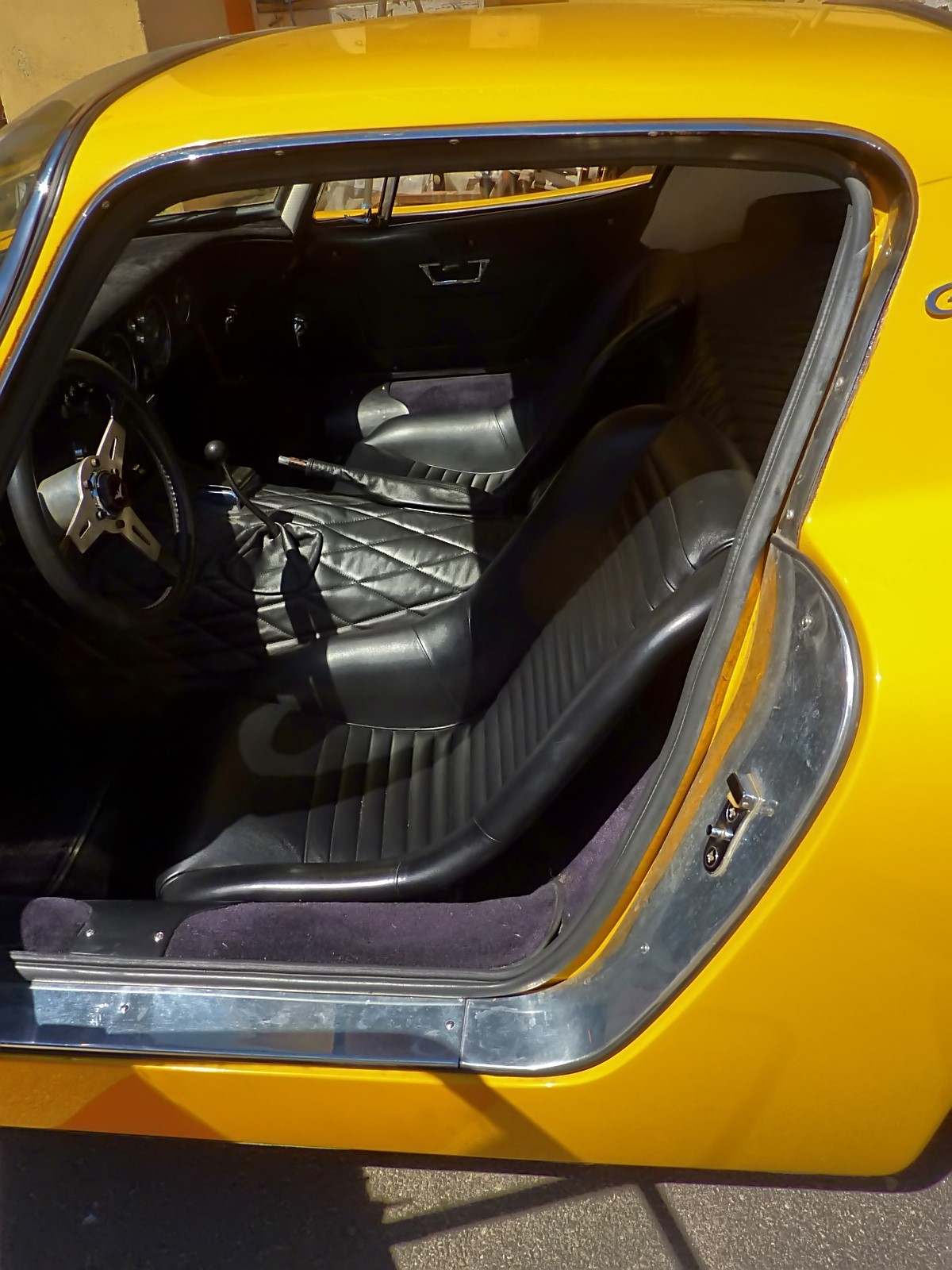 1966 Bizzarrini 5300 GT Strada (71).jpg