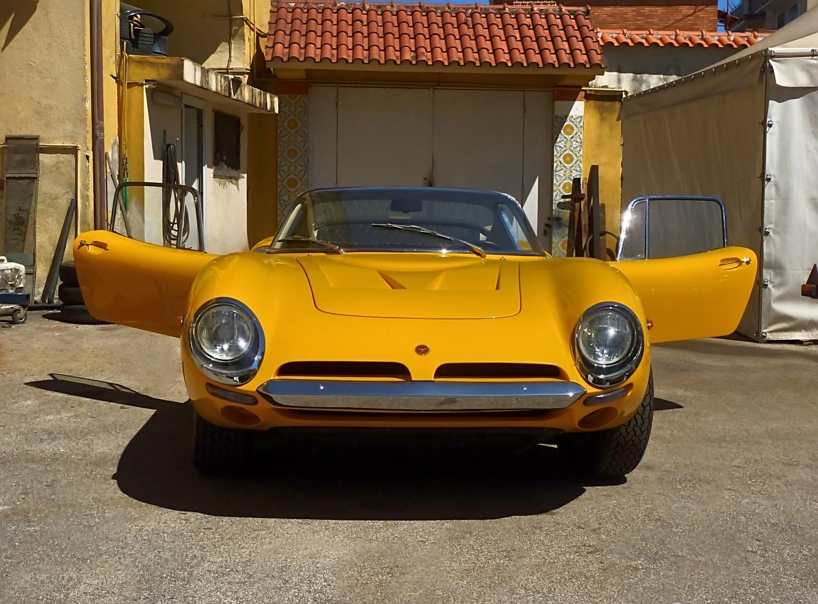 1966 Bizzarrini 5300 GT Strada (62).jpg