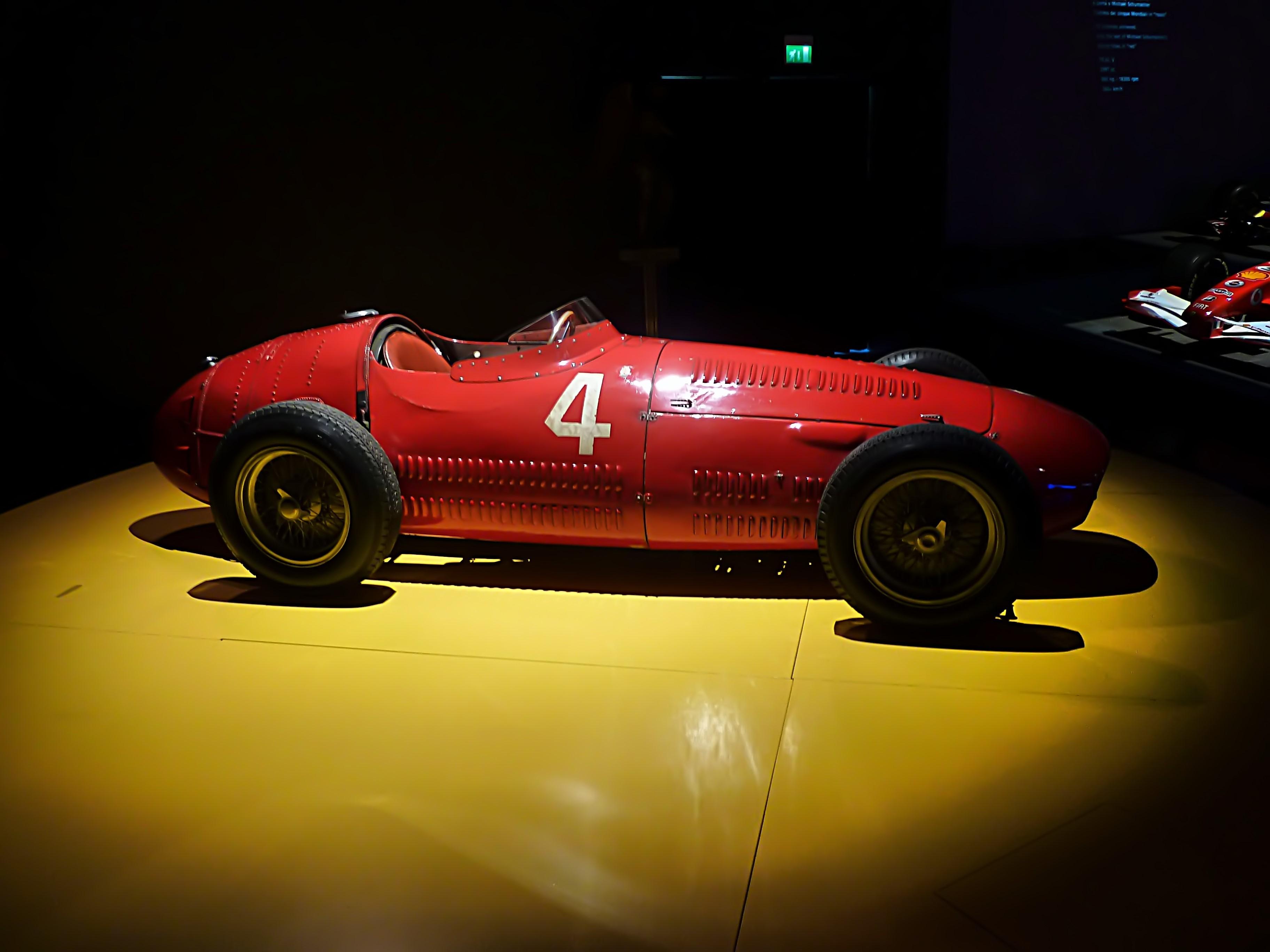 1954 Maserati Tipo 250F  (14).jpg