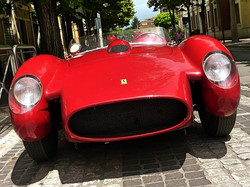1959_Ferrari_250_TRFantuzzi_(2)