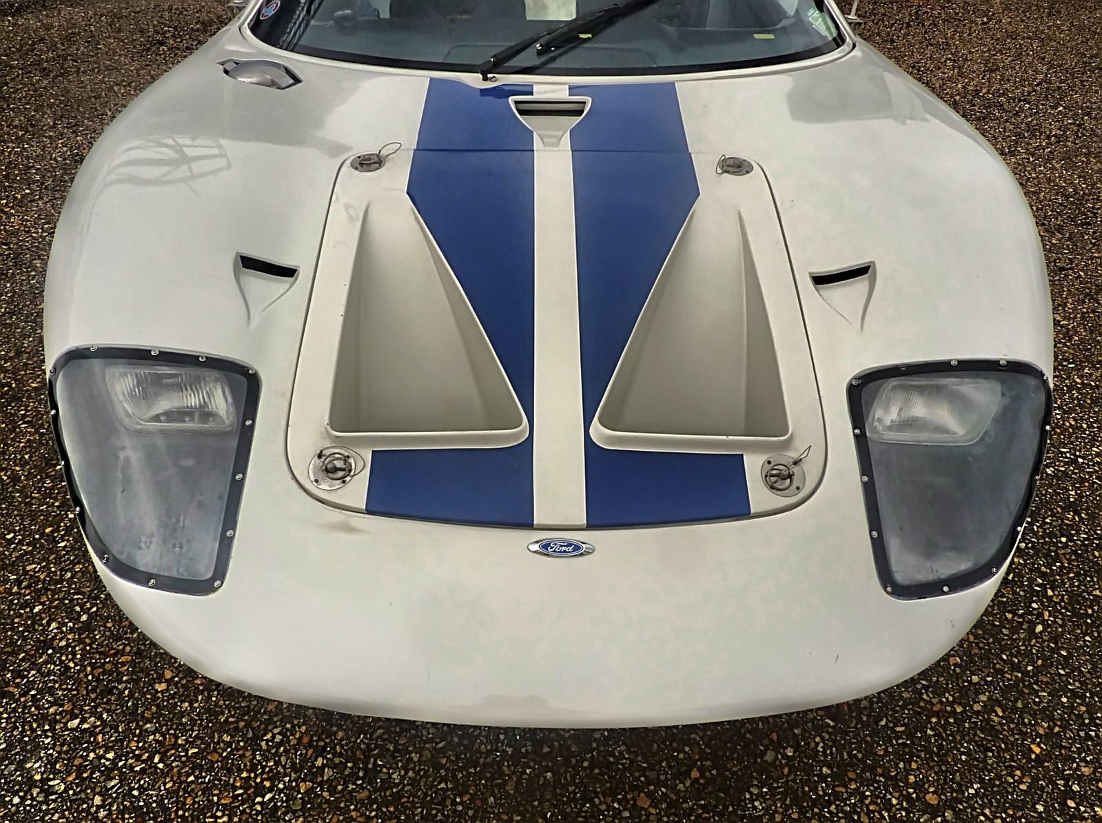 1967 Ford GT40 (34).jpg