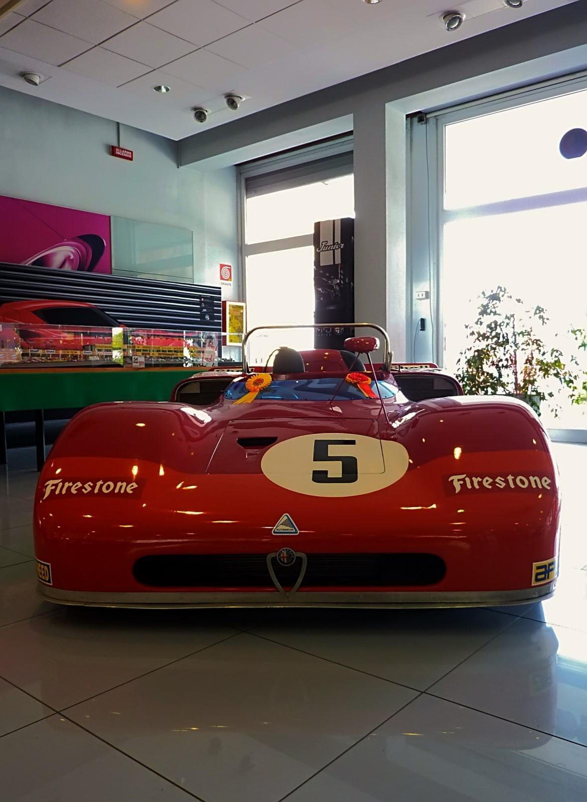1971 Alfa Romeo T33-3 Spider  (14)