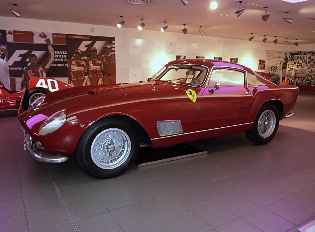 Museo Ferrari Maranello (12).jpg